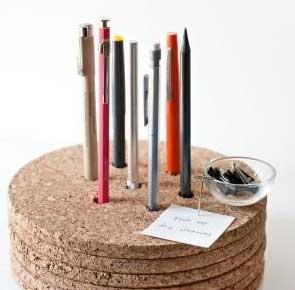 Такая подставка для карандашей украсит ваш рабочий стол