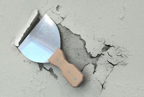 зачистка плитки с потолка